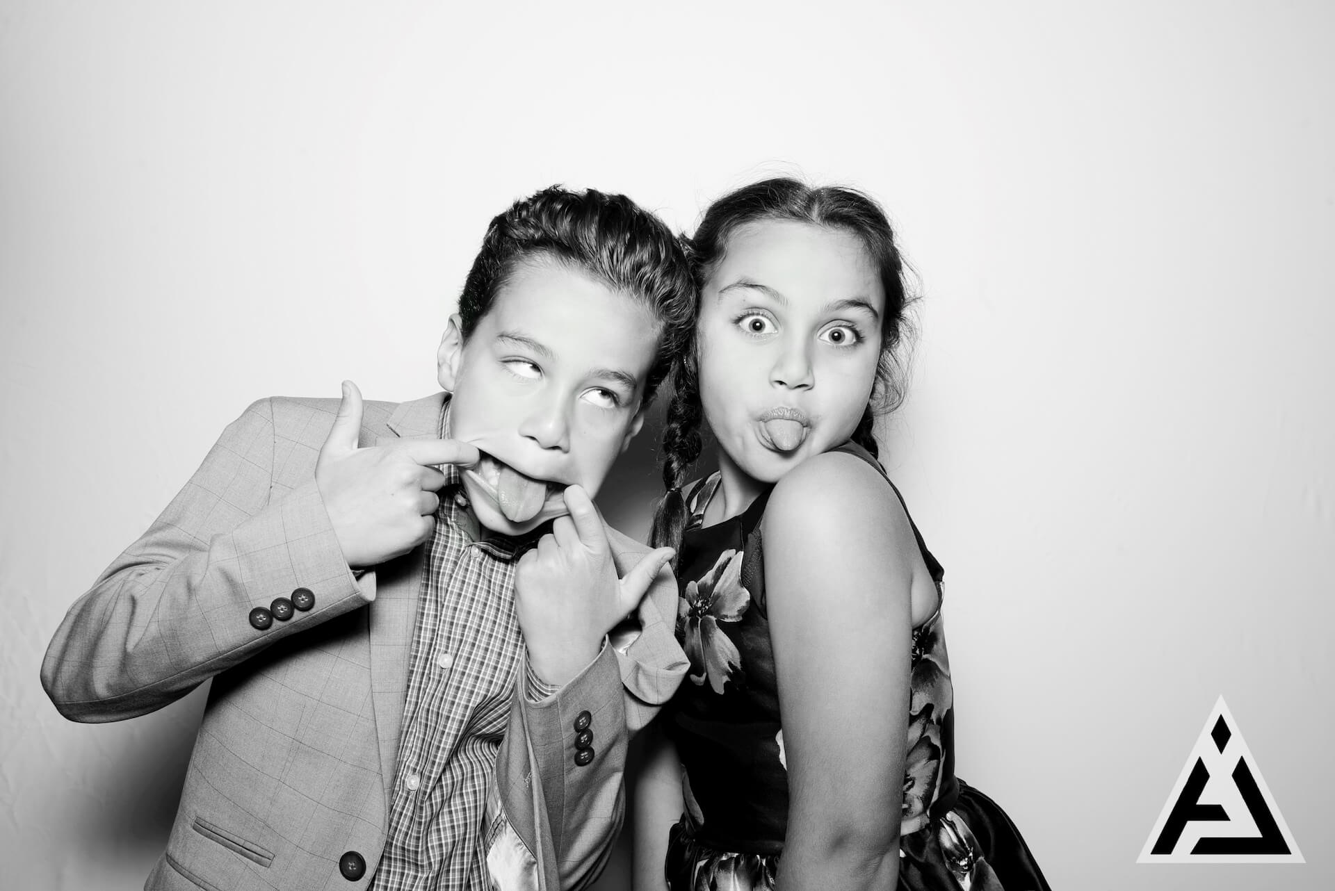 RUMOR_Photobooth_Aiden-64 (1)